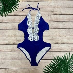 Cupshe Hermosa Love Lace Swimsuit - Large
